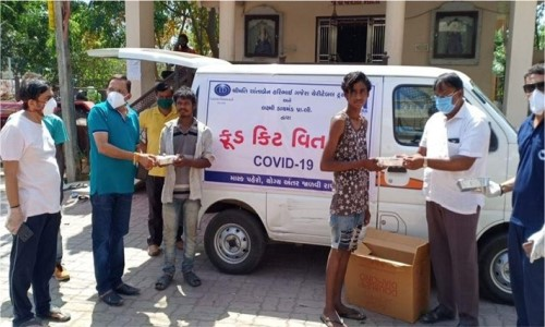 <span>Food packets were distributed to 1,07,263 people in deprived locale such as Limbayat, Parvat patia, Olpad, Sayan, Lashkana, Puna gaam, Lambe Hanuman road, Bhathena-Udhna textile labour area, Ved road, Mota Varachha, and Valak Patia. <br> </span>