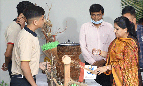 """<p>""""Do more than belong: participate. Do more than believe: practice. Do more than dream: work"""". This Maker's Day where creative, innovative, social and synergised learners and mentors came together under one roof to be felicitated by the renowned dignitaries and our very own Managing trustee Shri Chunibhai Gajera and Founder of Maker's Space Ms. Kinjal Gajera it ended up to be an enjoyable and insightful evening.</p>"""